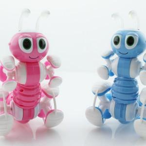Радиоуправляемый робот-муравей>
