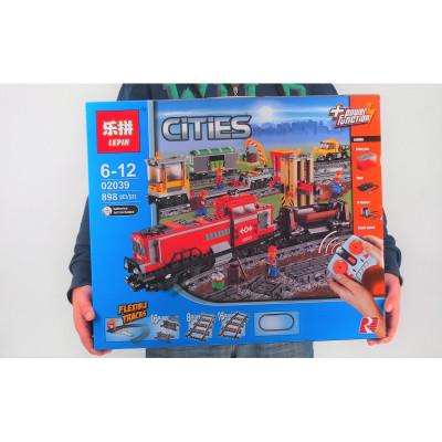 02039 Красный грузовой поезд